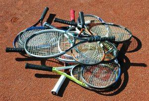 Toss rackets